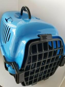 Pet Carrier For Cat Or Small Dog 2 Piece Molded Plastic Blac